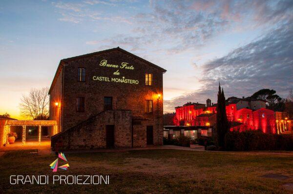 Proiezione Natalizia Castel Monastero