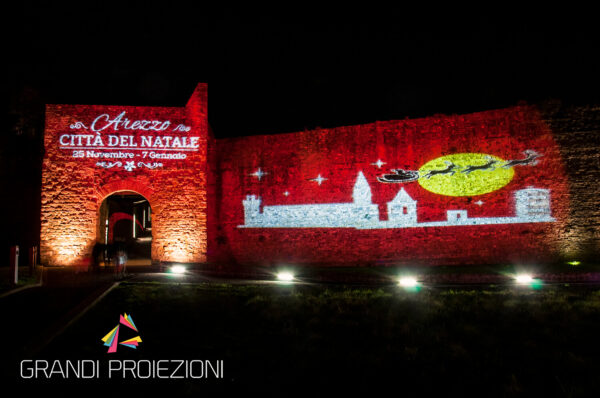 Proiezione Natalizia Porta Stufi Arezzo città del Natale