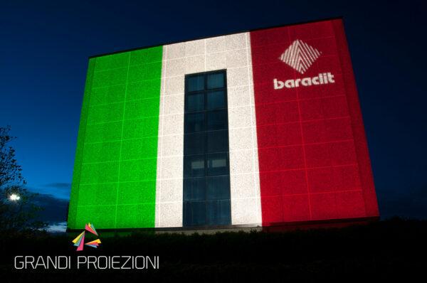 Proiezione tricolore Baraclit