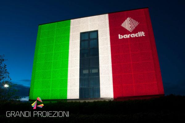 16)-Proiezione-tricolore-Baraclit